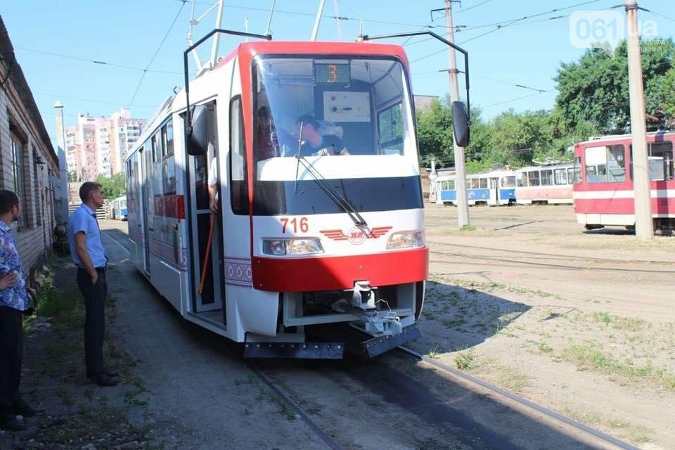 Первый собранный в Запорожье трамвай выехал на маршруты города на испытания, — ФОТО, фото-3