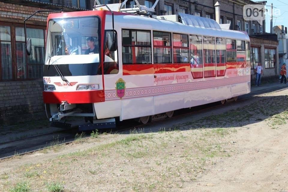 Первый собранный в Запорожье трамвай выехал на маршруты города на испытания, — ФОТО, фото-4