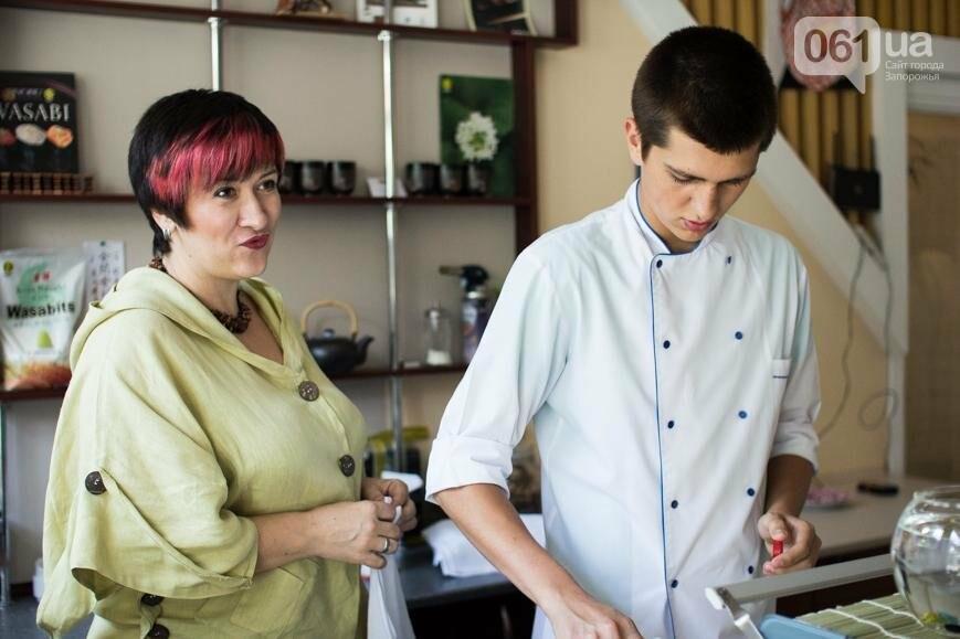 """""""Я больше не хочу просить - хочу помогать"""": как семья из Донецка открыла суши-студию в Запорожье, фото-9"""