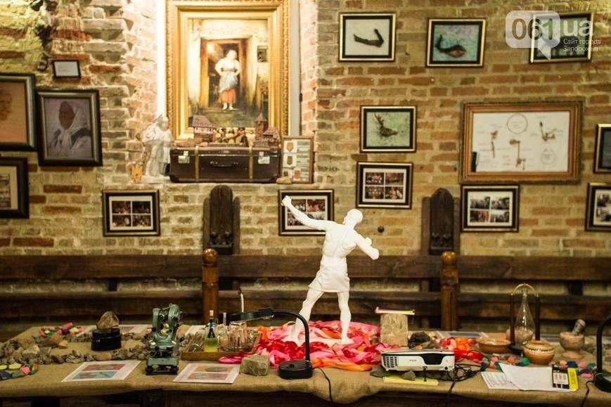 Научная лаборатория на глубине 5 метров: экскурсия по запорожскому музею керамики и творчества братьев Бурлай, – ФОТОРЕПОРТАЖ, фото-23