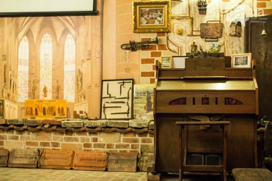 Научная лаборатория на глубине 5 метров: экскурсия по запорожскому музею керамики и творчества братьев Бурлай, – ФОТОРЕПОРТАЖ, фото-13