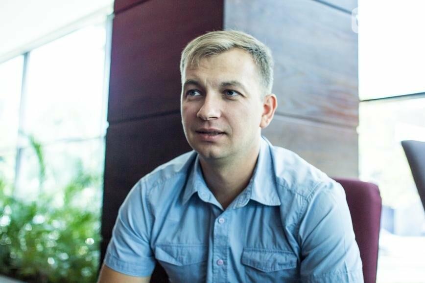 История о том, как запорожский юрист увлекся фотосъемкой и основал первый в мире военный фотобанк , фото-6