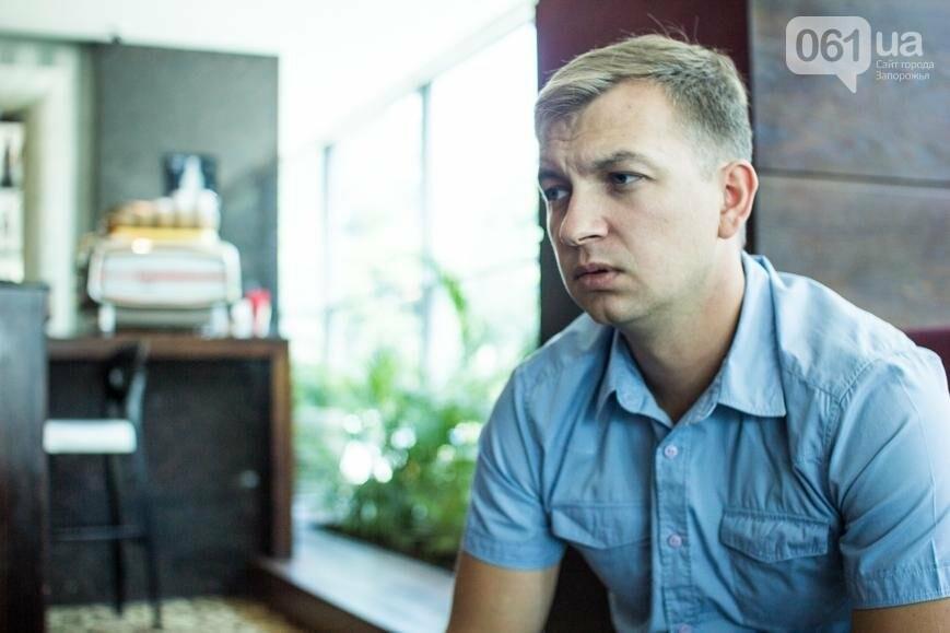 История о том, как запорожский юрист увлекся фотосъемкой и основал первый в мире военный фотобанк , фото-7
