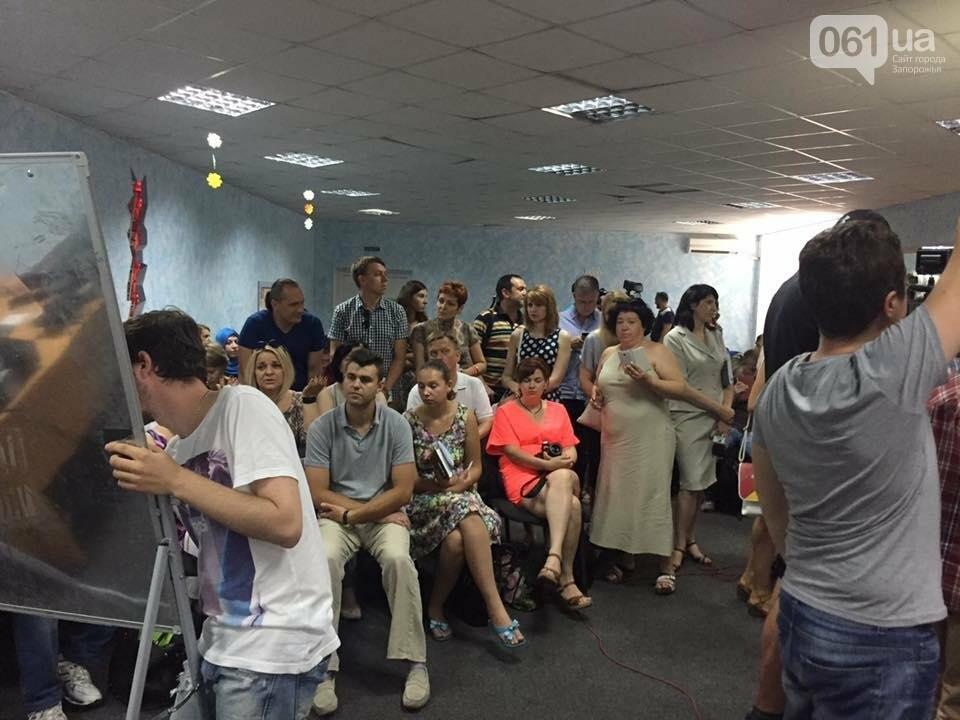 В Запорожье на мозговой штурм по реинтеграции Донбасса пришло несколько десятков людей, — ФОТО, фото-2