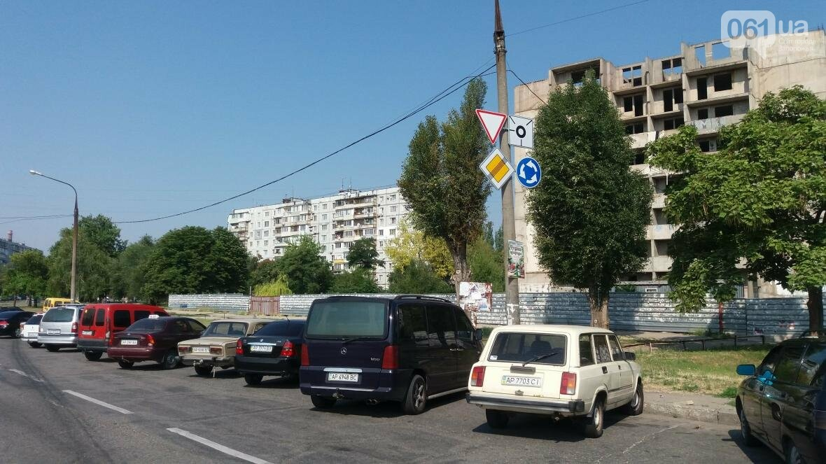 В Запорожье на Бабурке на перекрестках с круговым движением поставили новые знаки, — ФОТО, фото-7