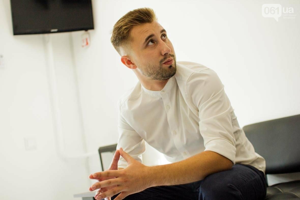 Не называйте это барбершопом: как 22-летний парень открыл в Запорожье мужскую парикмахерскую, фото-13
