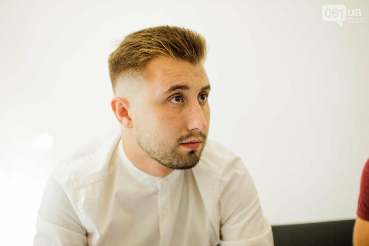 Не называйте это барбершопом: как 22-летний парень открыл в Запорожье мужскую парикмахерскую, фото-1