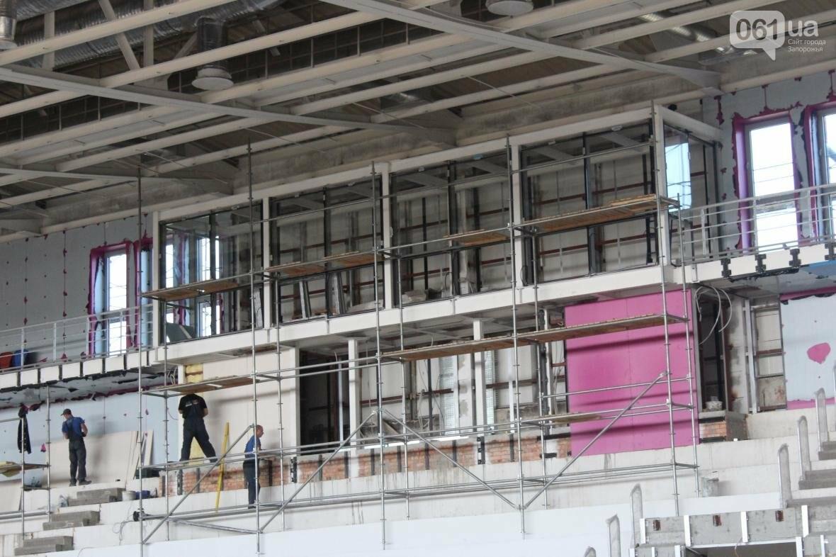 В Запорожье реконструируют дворец спорта «Юность: что уже сделано, — ФОТОРЕПОРТАЖ, фото-29