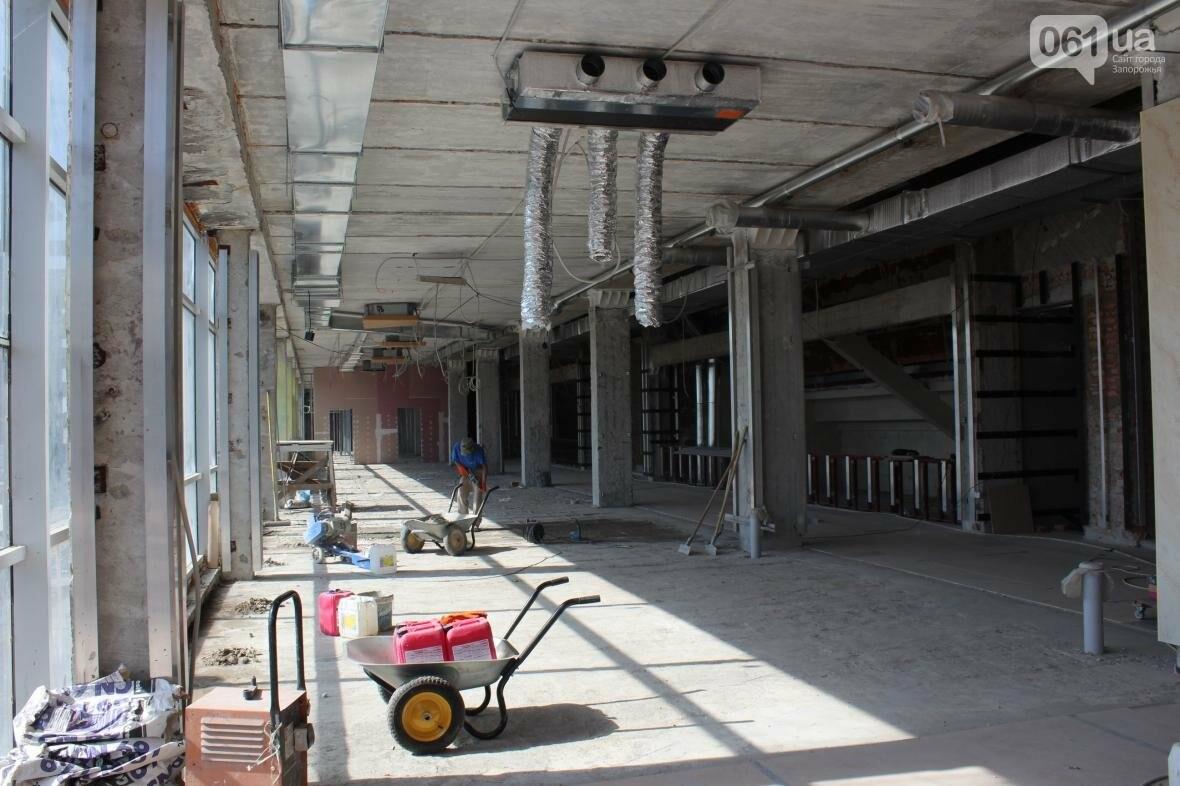 В Запорожье реконструируют дворец спорта «Юность: что уже сделано, — ФОТОРЕПОРТАЖ, фото-33