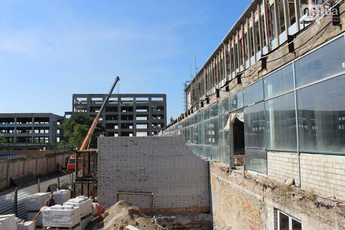 В Запорожье реконструируют дворец спорта «Юность: что уже сделано, — ФОТОРЕПОРТАЖ, фото-31