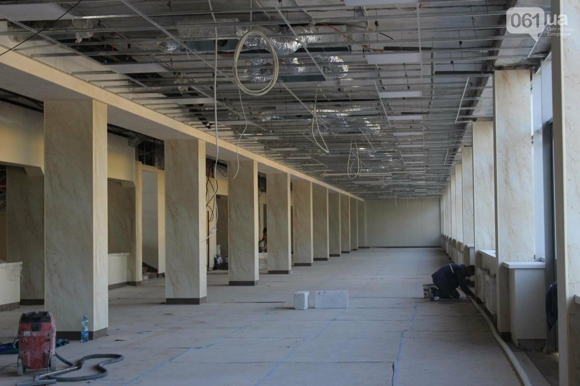 В Запорожье реконструируют дворец спорта «Юность: что уже сделано, — ФОТОРЕПОРТАЖ, фото-16