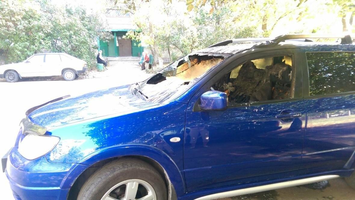 В Запорожье на Бабурке подожгли элитный внедорожник, — ФОТО, фото-3