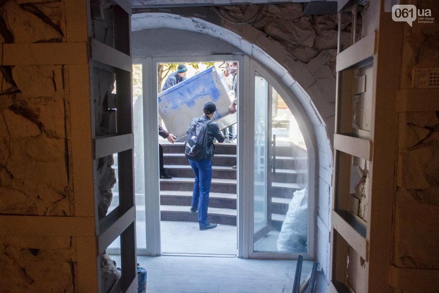 Show биZнес: в будущем ресторане завершается ремонт и появляется мебель , фото-11