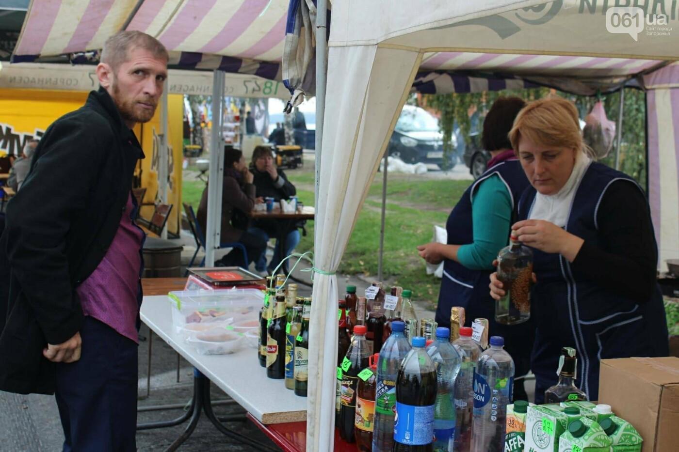На Покровской ярмарке, несмотря на запрет, с самого утра продают алкоголь, - ФОТО, фото-12