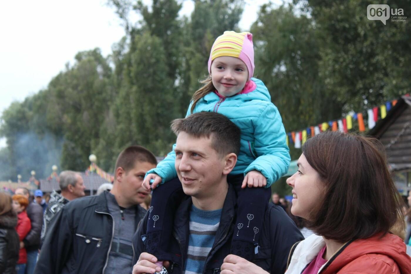Найди себя: 55 портретов посетителей Покровской ярмарки в Запорожье, - ФОТО , фото-28