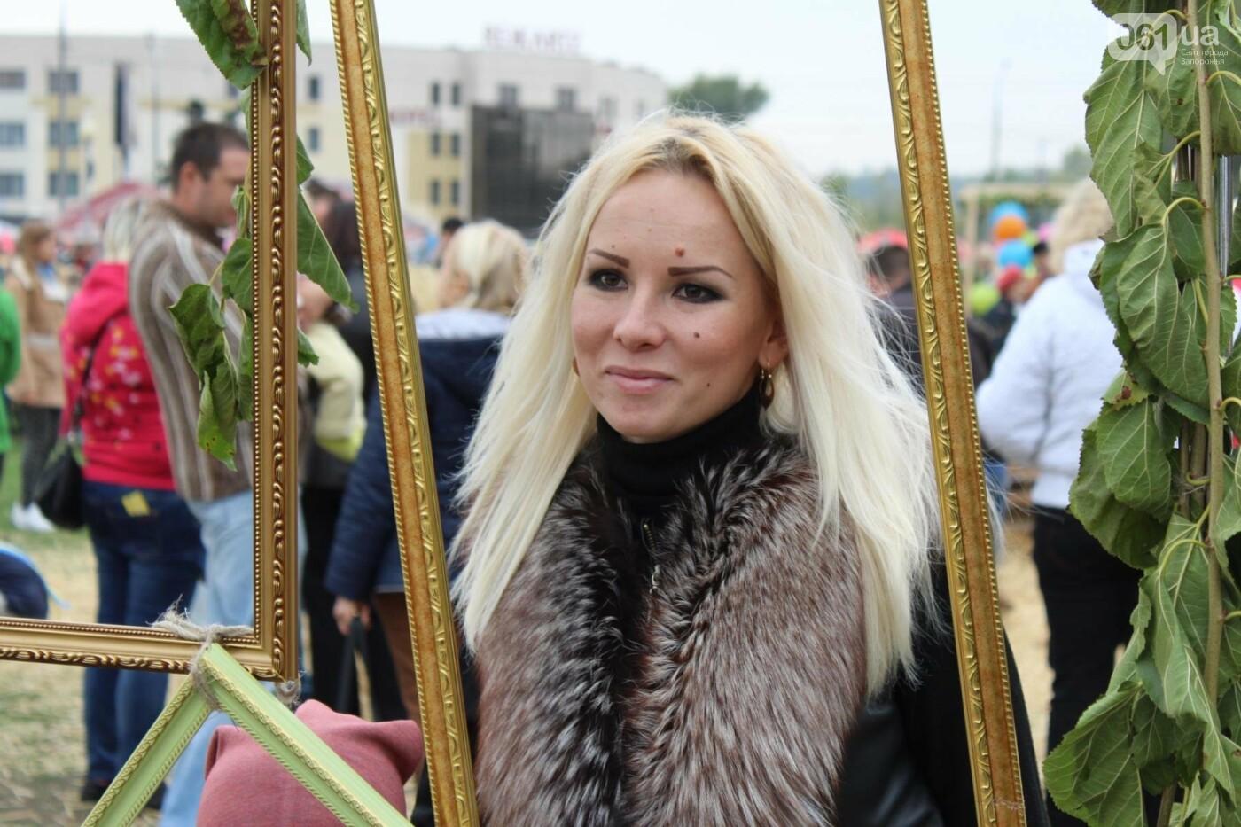 Найди себя: 55 портретов посетителей Покровской ярмарки в Запорожье, - ФОТО , фото-55
