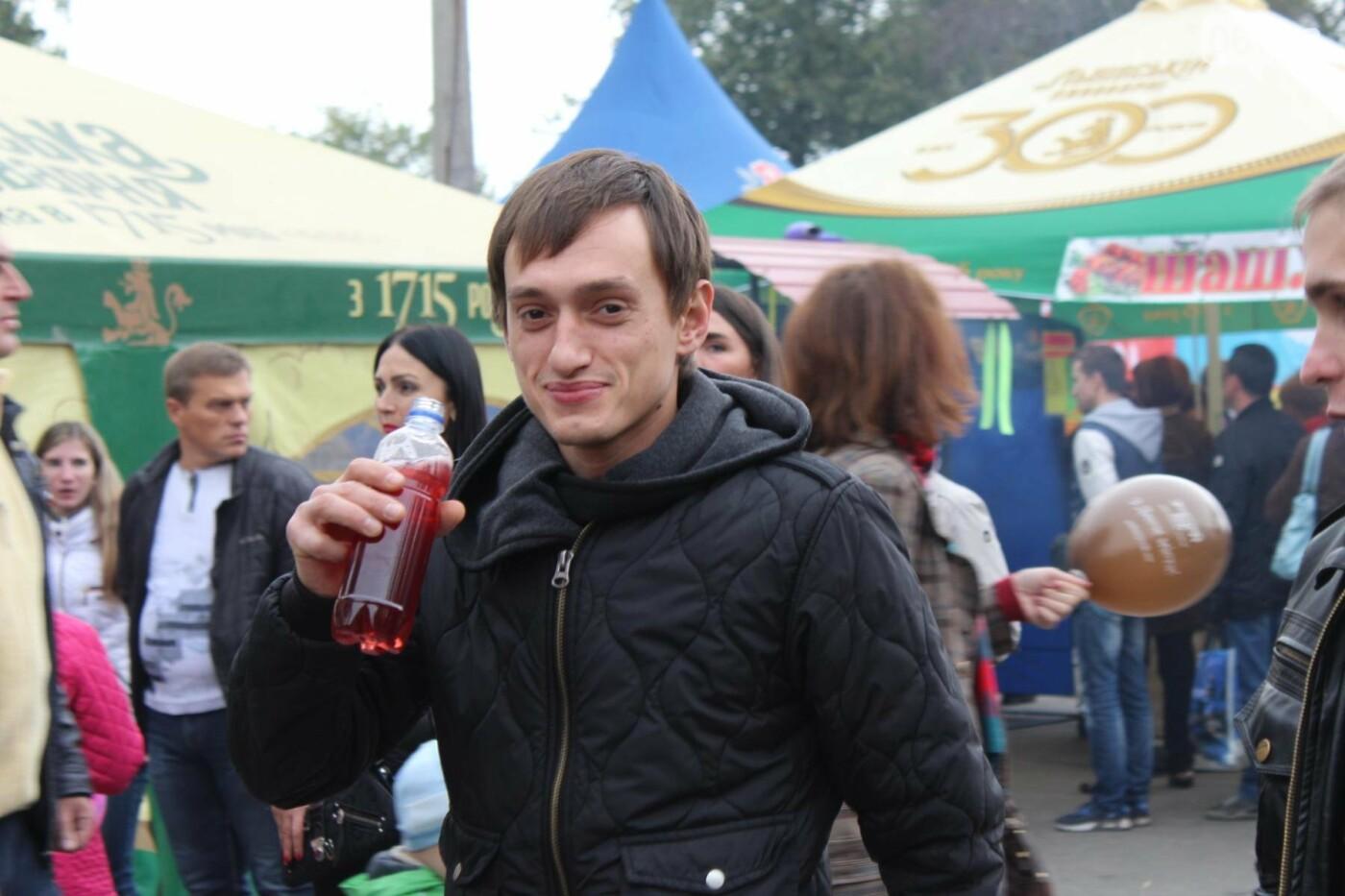 Найди себя: 55 портретов посетителей Покровской ярмарки в Запорожье, - ФОТО , фото-17