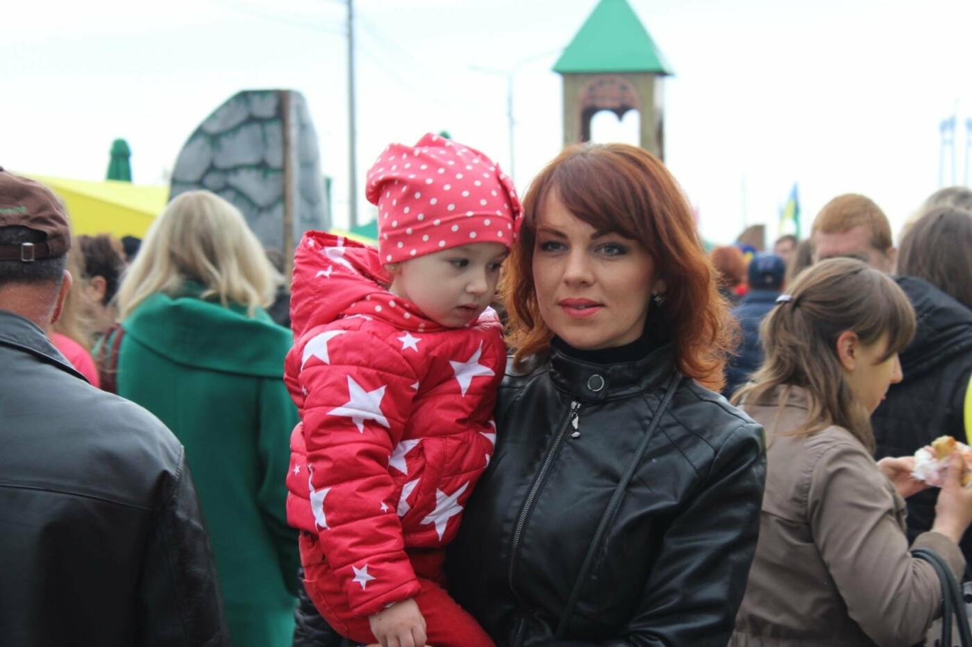 Найди себя: 55 портретов посетителей Покровской ярмарки в Запорожье, - ФОТО , фото-6