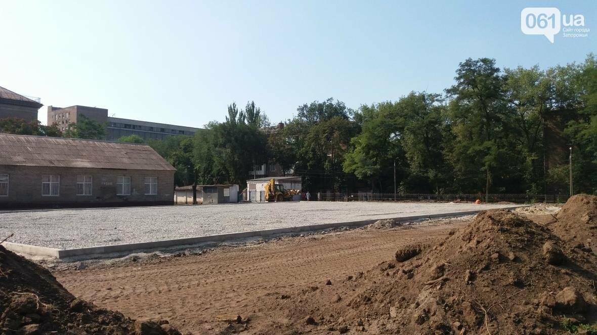 В Запорожье за 7 миллионов гривен отремонтировали школьную спортплощадку: что сделали подрядчики, – ФОТОРЕПОРТАЖ, фото-15