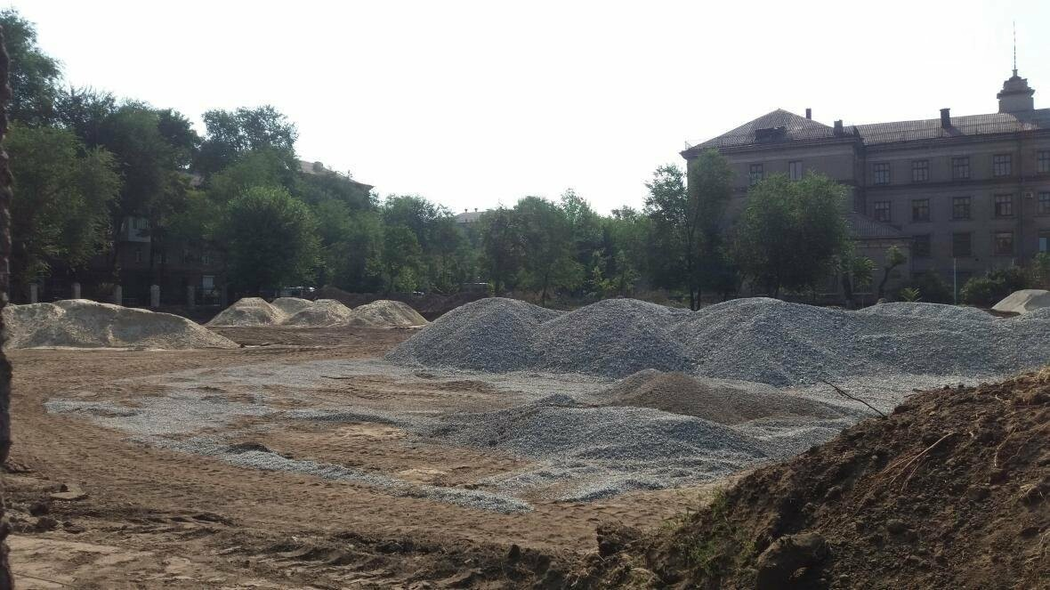 В Запорожье за 7 миллионов гривен отремонтировали школьную спортплощадку: что сделали подрядчики, – ФОТОРЕПОРТАЖ, фото-14