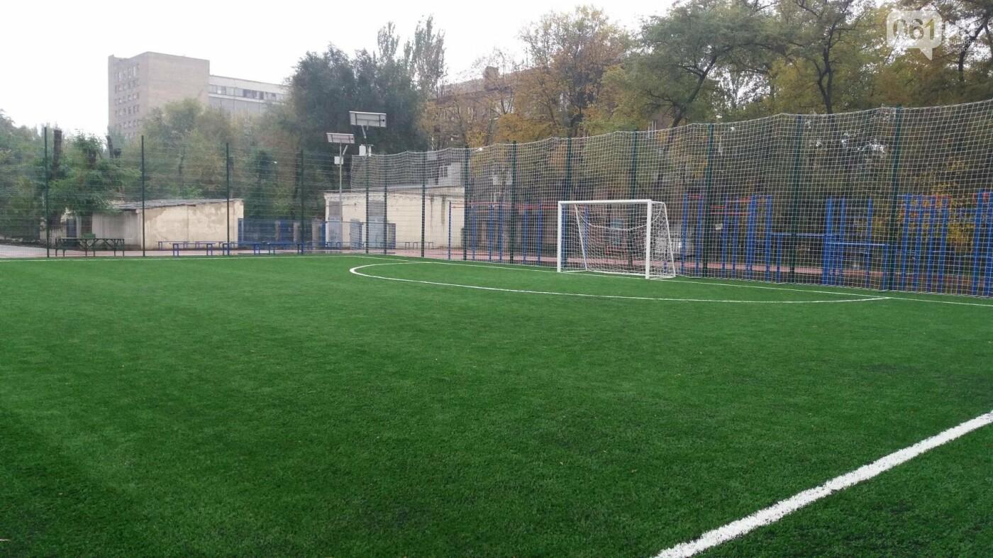 В Запорожье за 7 миллионов гривен отремонтировали школьную спортплощадку: что сделали подрядчики, – ФОТОРЕПОРТАЖ, фото-3