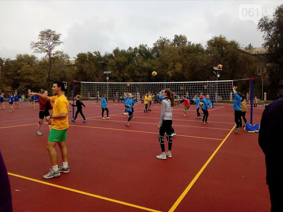 В Запорожье за 7 миллионов гривен отремонтировали школьную спортплощадку: что сделали подрядчики, – ФОТОРЕПОРТАЖ, фото-5