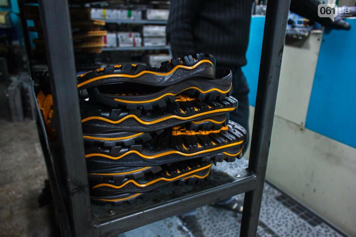 Как создается обувь: экскурсия на запорожскую обувную фабрику, – ФОТОРЕПОРТАЖ, фото-25