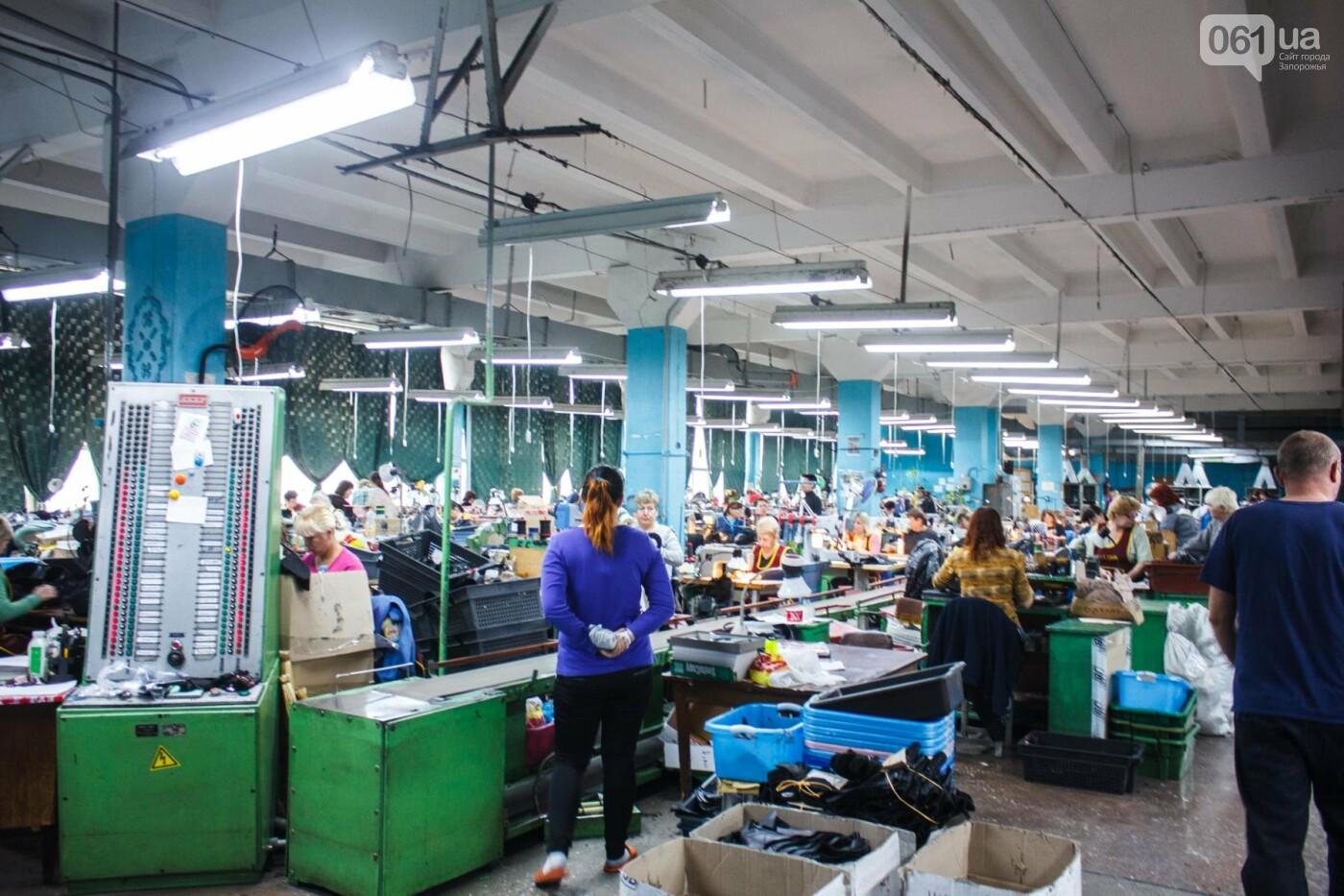 Как создается обувь: экскурсия на запорожскую обувную фабрику, – ФОТОРЕПОРТАЖ, фото-45