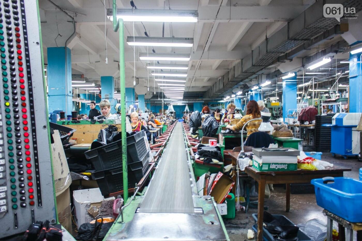 Как создается обувь: экскурсия на запорожскую обувную фабрику, – ФОТОРЕПОРТАЖ, фото-47