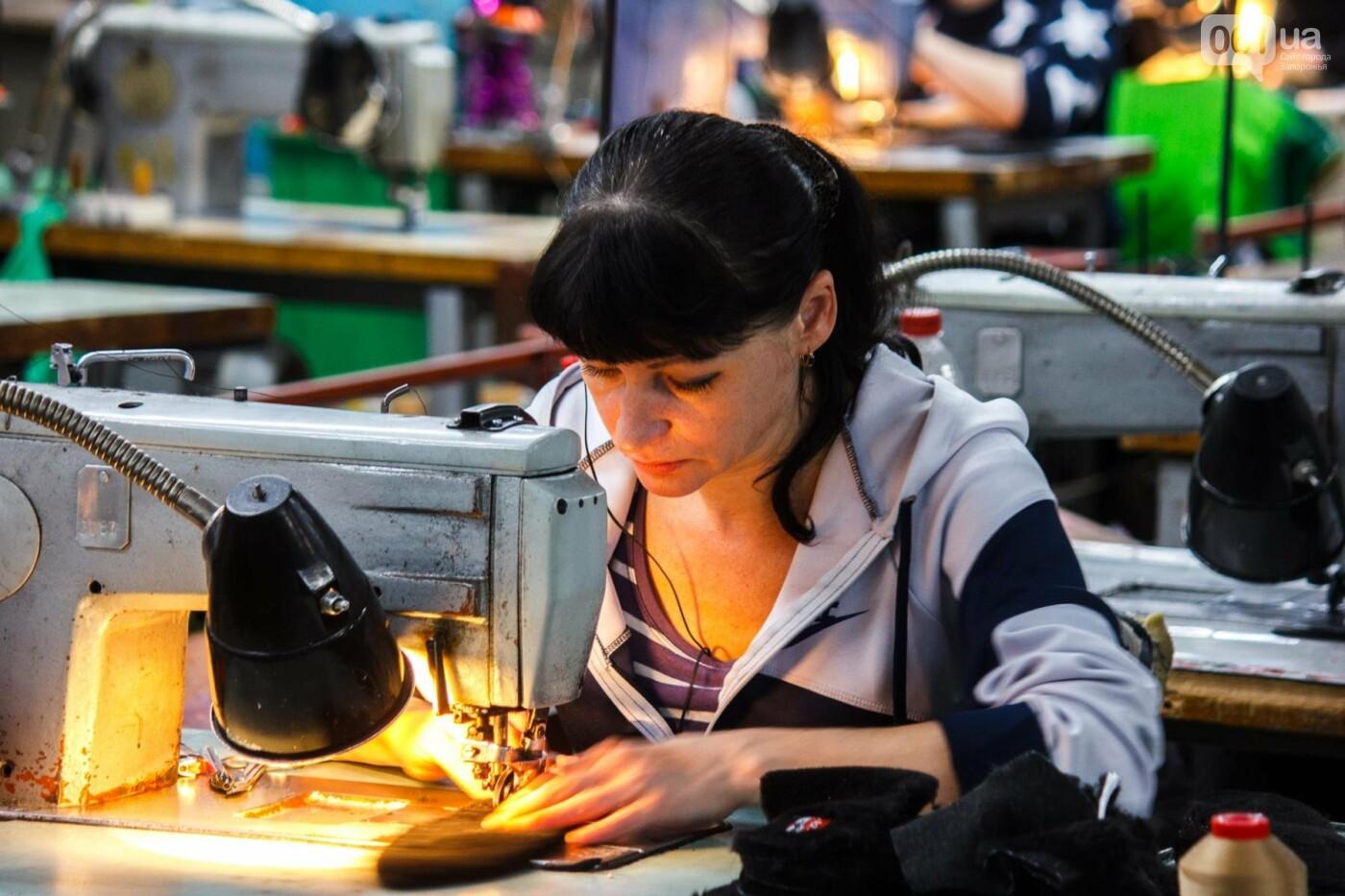 Как создается обувь: экскурсия на запорожскую обувную фабрику, – ФОТОРЕПОРТАЖ, фото-48