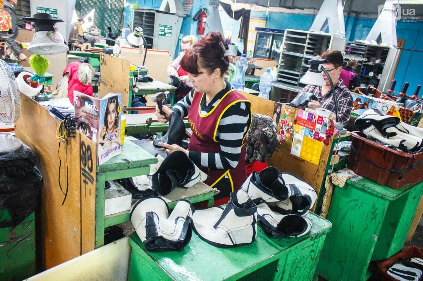 Как создается обувь: экскурсия на запорожскую обувную фабрику, – ФОТОРЕПОРТАЖ, фото-46