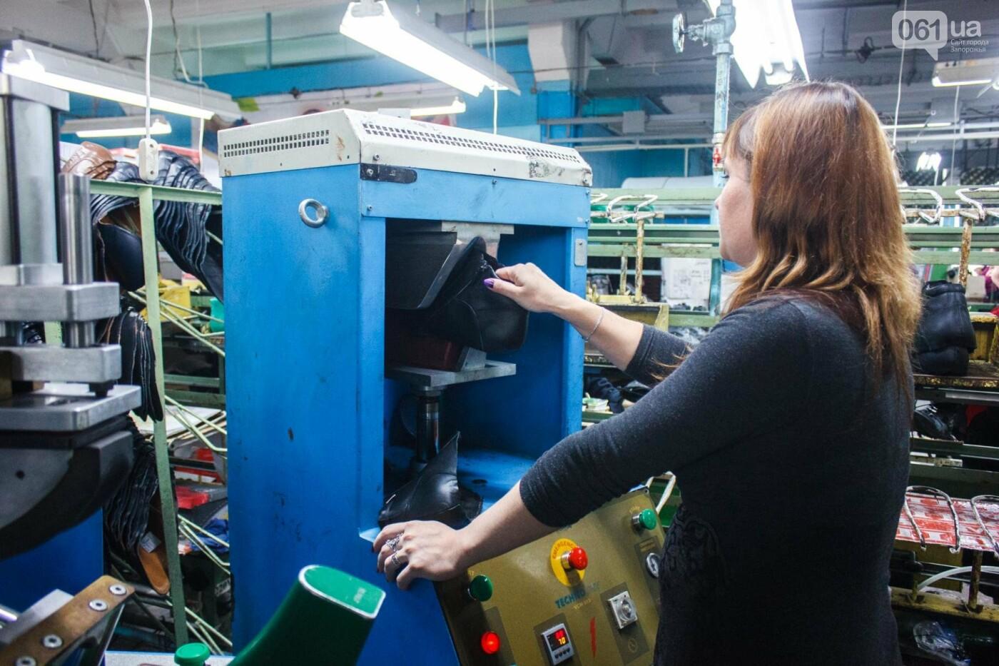 Как создается обувь: экскурсия на запорожскую обувную фабрику, – ФОТОРЕПОРТАЖ, фото-53