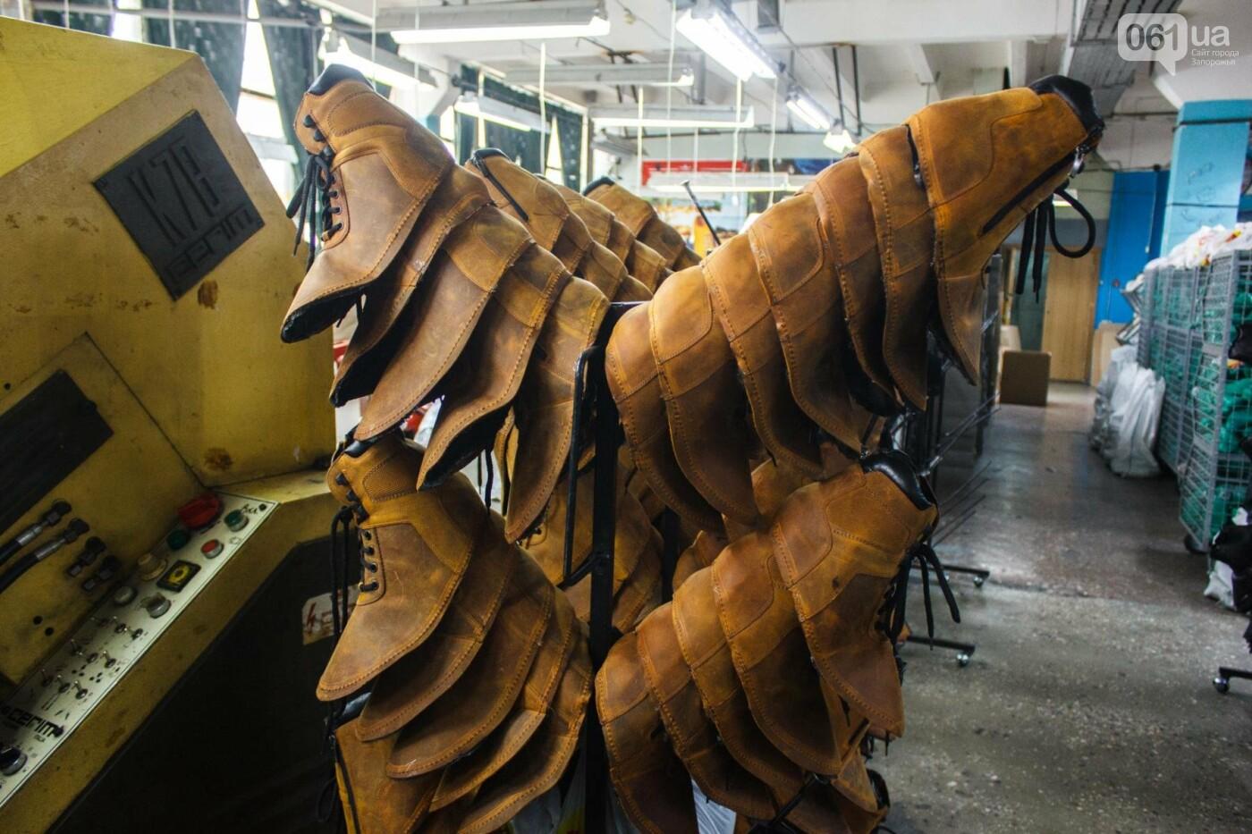 Как создается обувь: экскурсия на запорожскую обувную фабрику, – ФОТОРЕПОРТАЖ, фото-52
