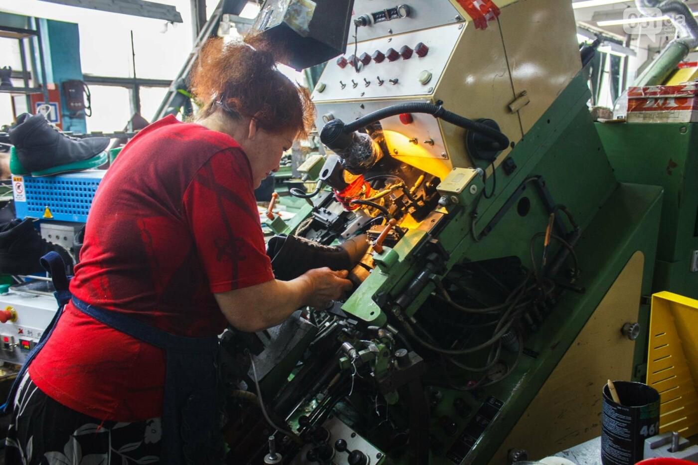 Как создается обувь: экскурсия на запорожскую обувную фабрику, – ФОТОРЕПОРТАЖ, фото-56