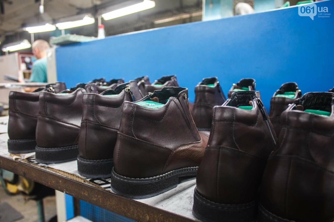 Как создается обувь: экскурсия на запорожскую обувную фабрику, – ФОТОРЕПОРТАЖ, фото-63