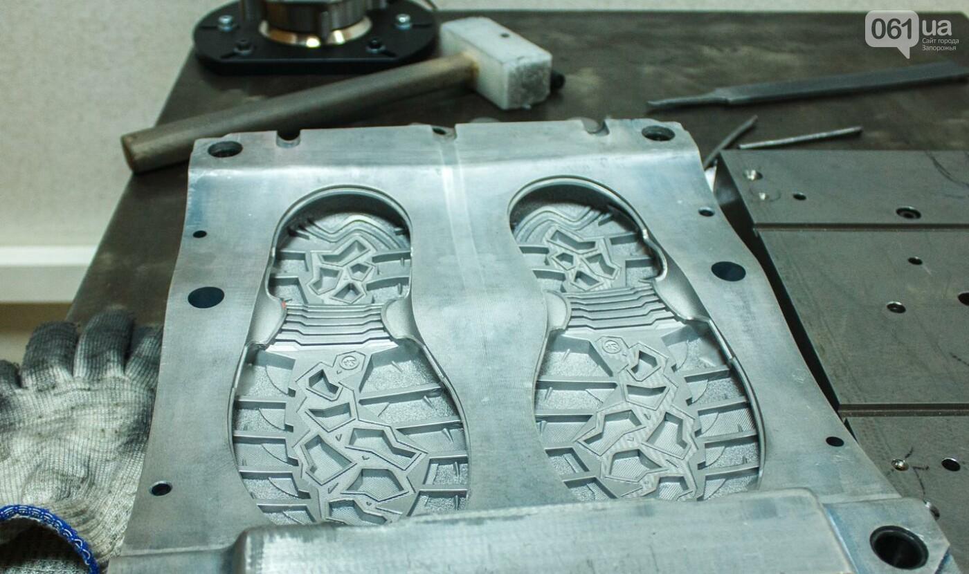 Как создается обувь: экскурсия на запорожскую обувную фабрику, – ФОТОРЕПОРТАЖ, фото-18