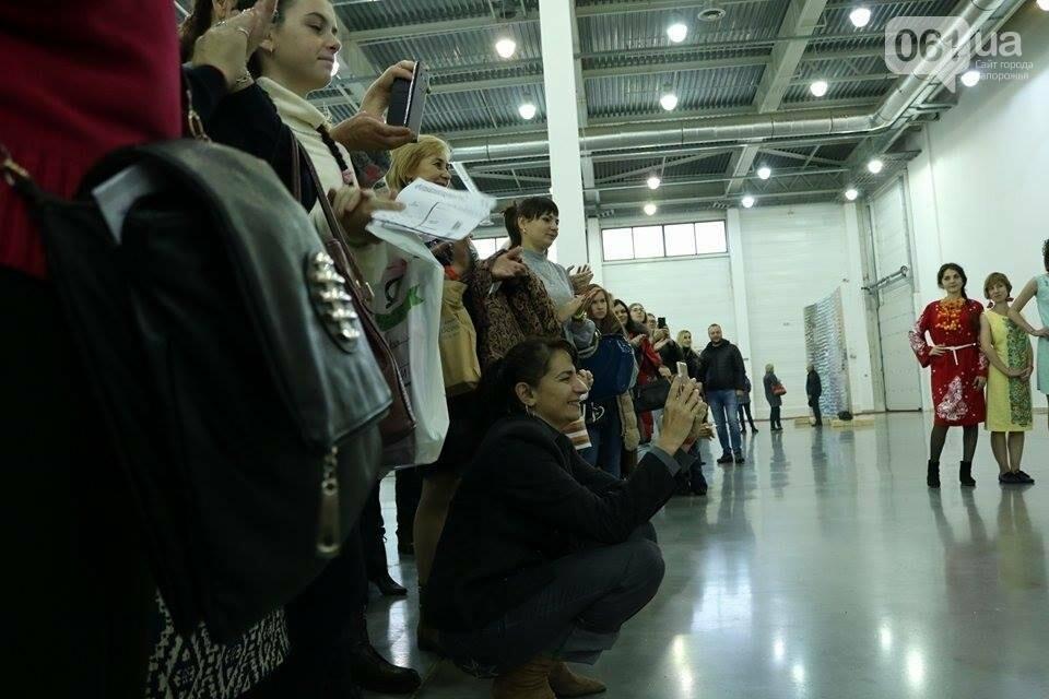 В Запорожье прошел показ авторских платьев, расписанных вручную, - ФОТОРЕПОРТАЖ , фото-5