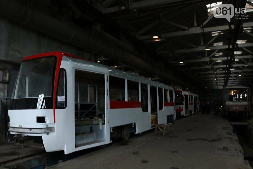 В Запорожье вышел на рельсы второй трамвай, собранный в Запорожье, - ФОТО, ВИДЕО, фото-17