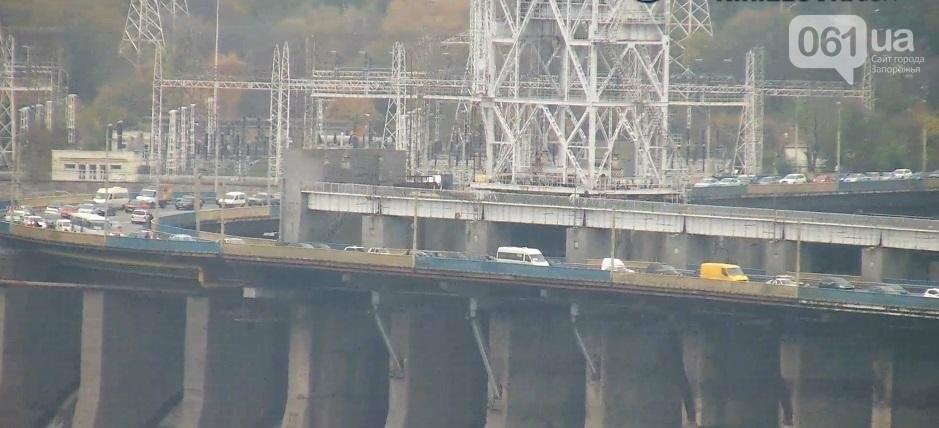 На плотине большая пробка из-за запорожсталевского марафона, - ФОТО, ВИДЕО, фото-2