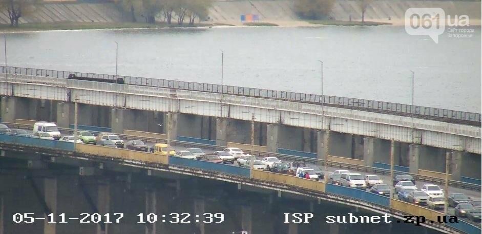 На плотине большая пробка из-за запорожсталевского марафона, - ФОТО, ВИДЕО, фото-5