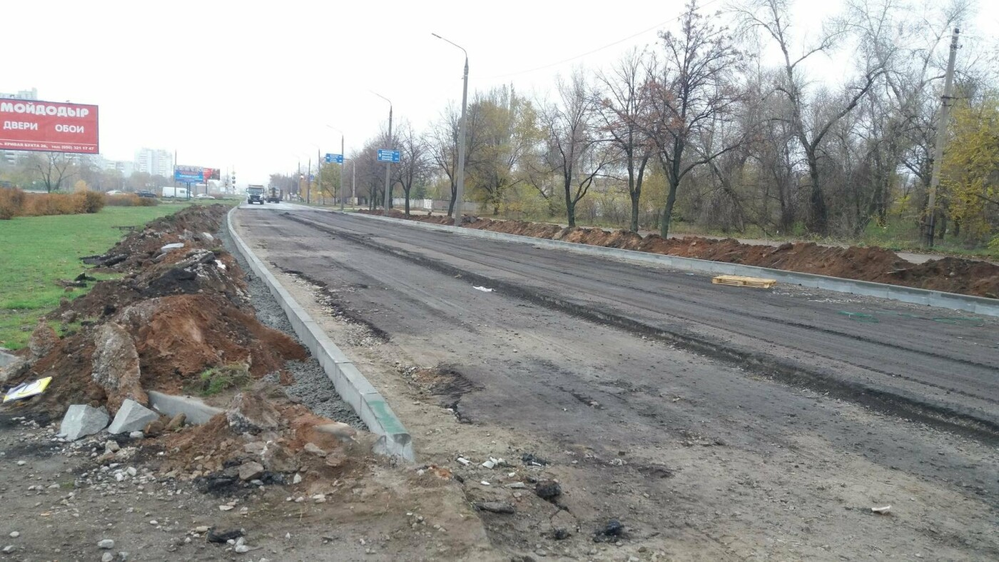 В Запорожье на Набережной открыли движение по отремонтированной дороге: строительные работы продолжаются, — ФОТОРЕПОРТАЖ, фото-7
