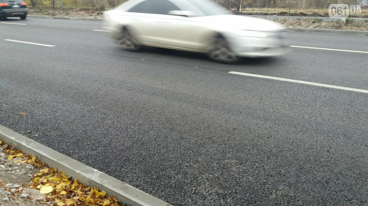 В Запорожье на Набережной открыли движение по отремонтированной дороге: строительные работы продолжаются, — ФОТОРЕПОРТАЖ, фото-2