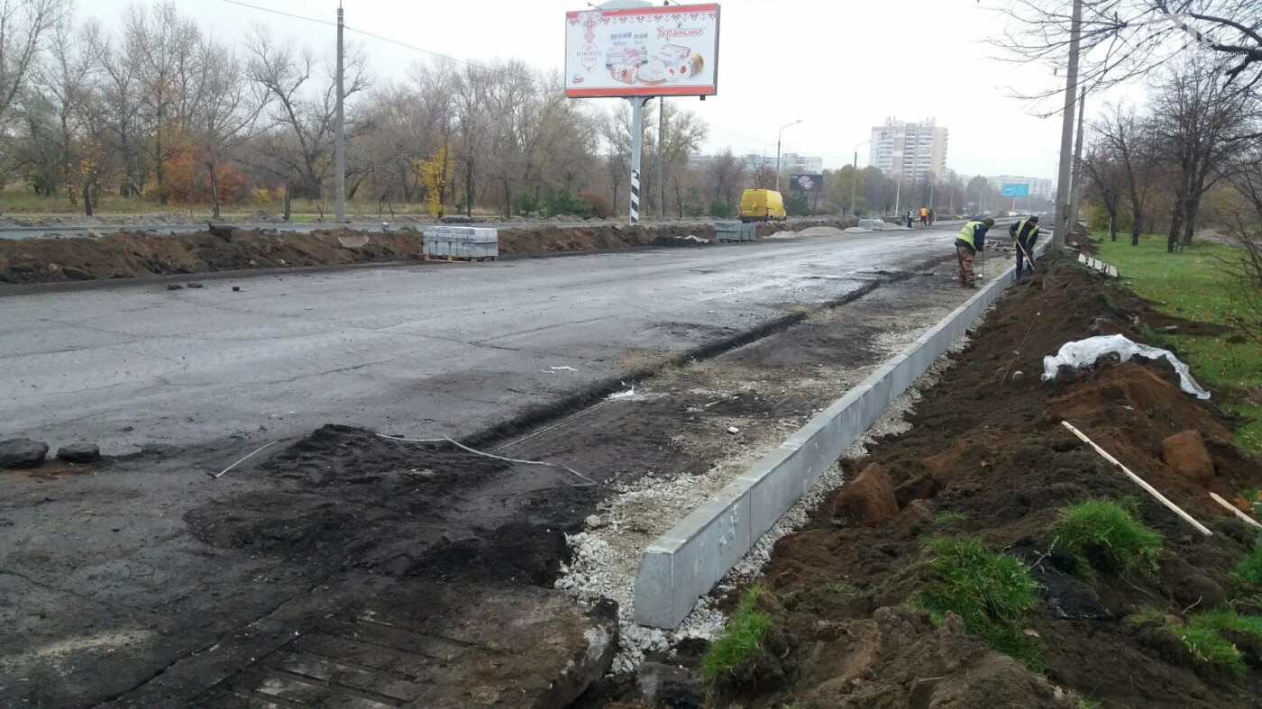 В Запорожье на Набережной открыли движение по отремонтированной дороге: строительные работы продолжаются, — ФОТОРЕПОРТАЖ, фото-12