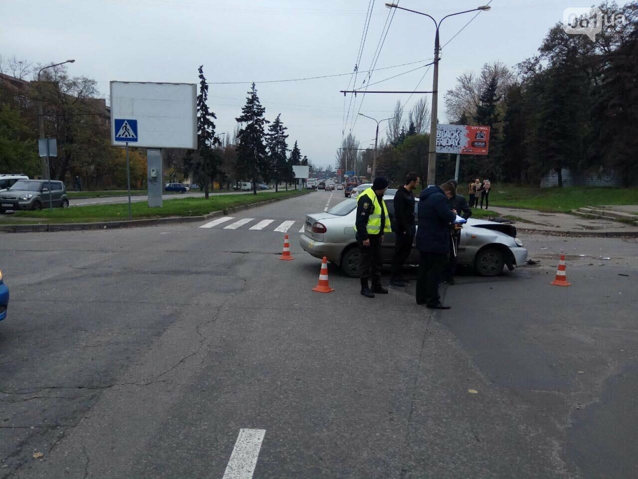 В центре Запорожья в ДТП пострадали два ребенка, - ФОТО, фото-2