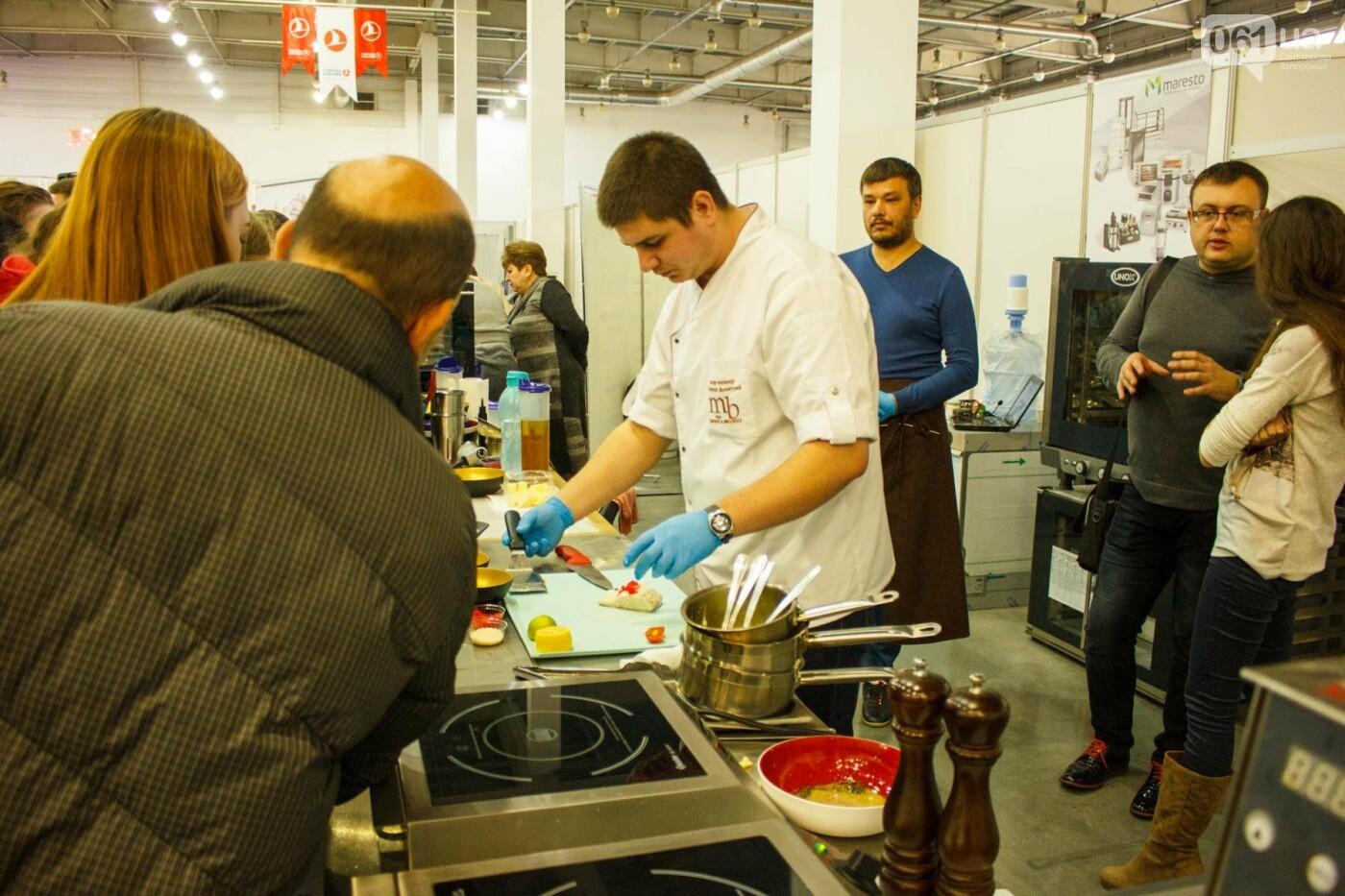 Шеф-повара запорожских ресторанов провели мастер-класс для горожан: как это было, - ФОТОРЕПОРТАЖ, фото-56