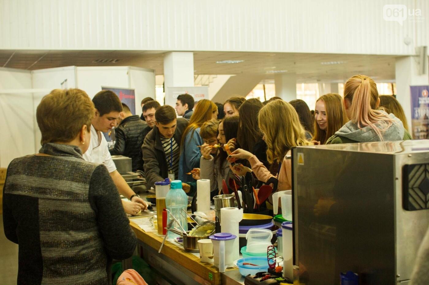 Шеф-повара запорожских ресторанов провели мастер-класс для горожан: как это было, - ФОТОРЕПОРТАЖ, фото-12