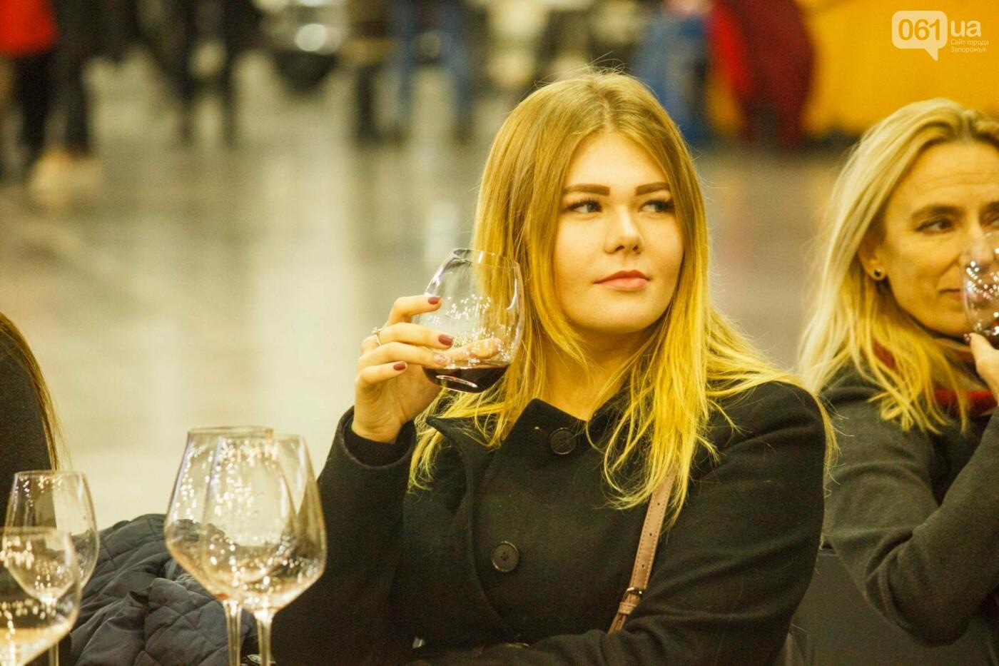 Шеф-повара запорожских ресторанов провели мастер-класс для горожан: как это было, - ФОТОРЕПОРТАЖ, фото-70