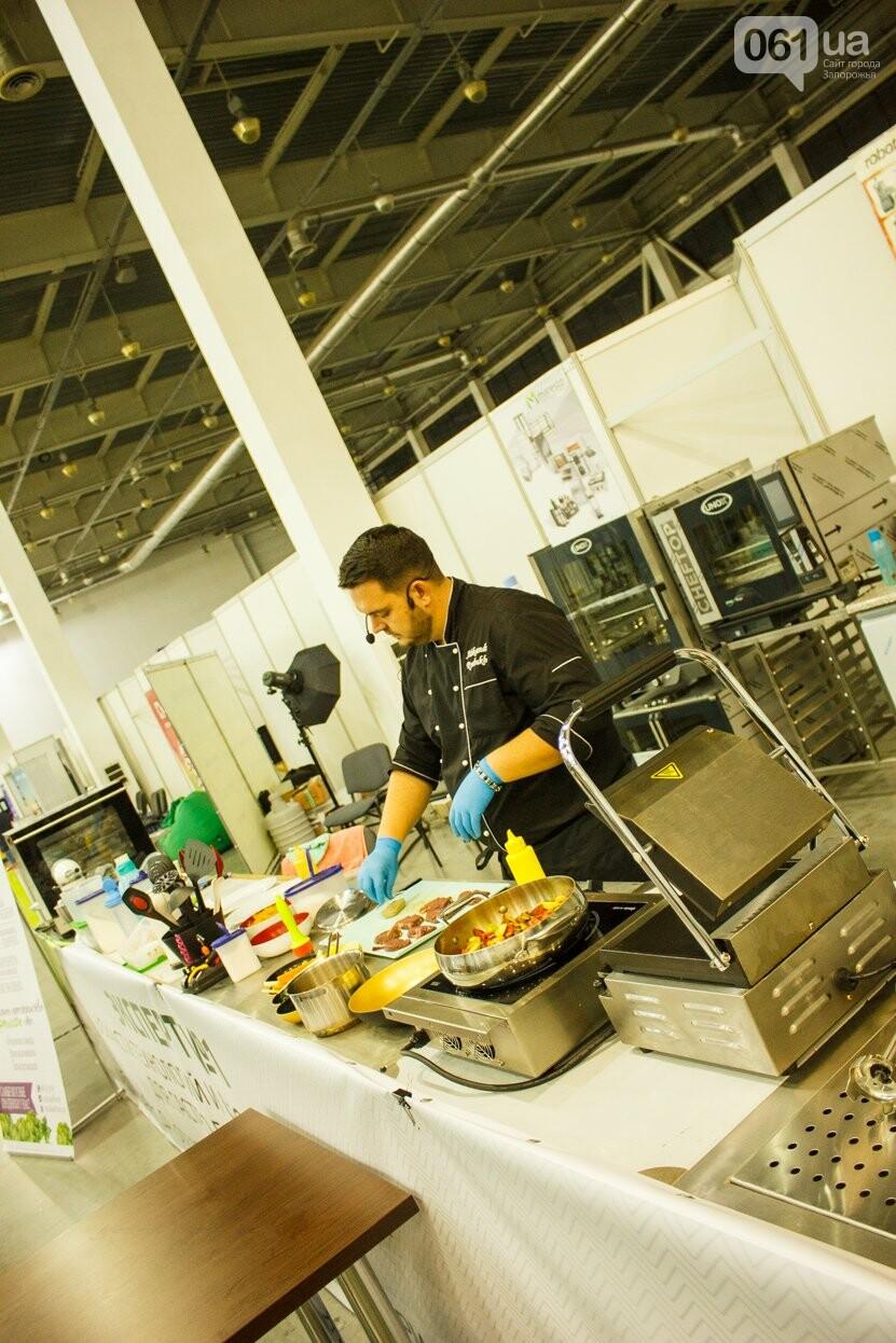 Шеф-повара запорожских ресторанов провели мастер-класс для горожан: как это было, - ФОТОРЕПОРТАЖ, фото-5