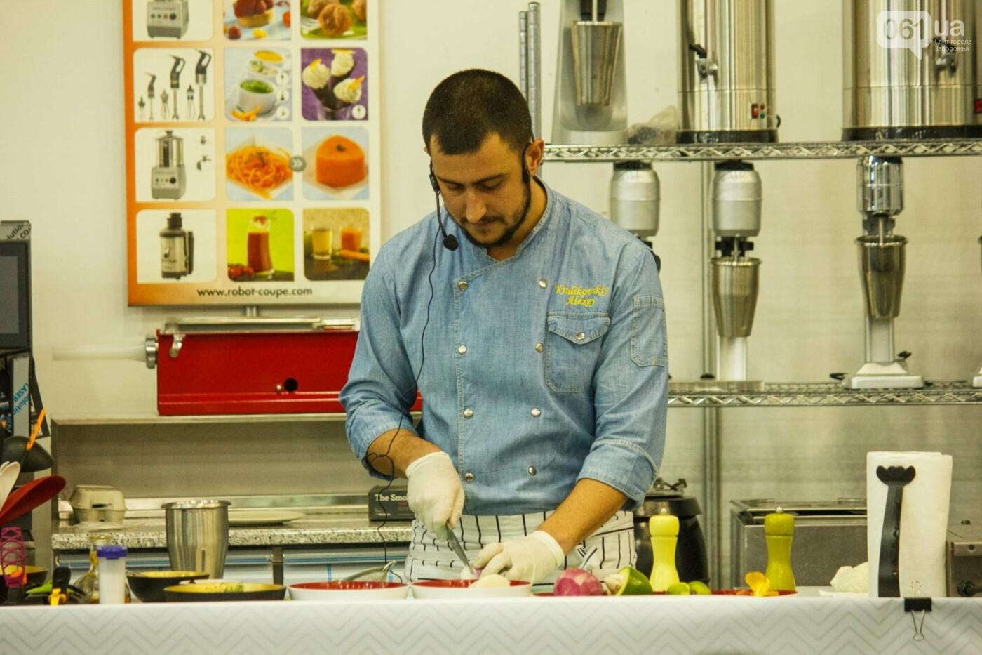 Шеф-повара запорожских ресторанов провели мастер-класс для горожан: как это было, - ФОТОРЕПОРТАЖ, фото-48