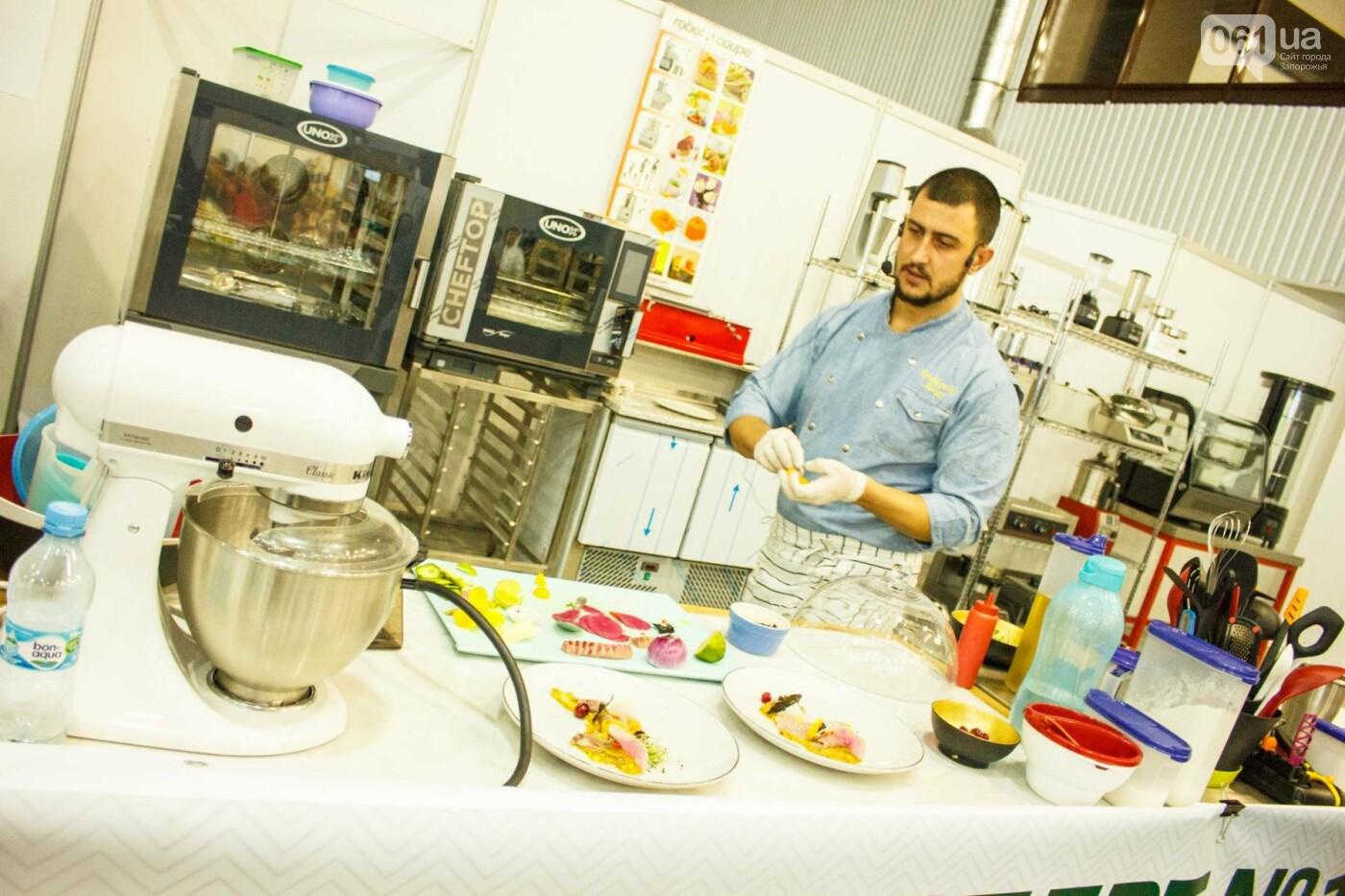 Шеф-повара запорожских ресторанов провели мастер-класс для горожан: как это было, - ФОТОРЕПОРТАЖ, фото-49